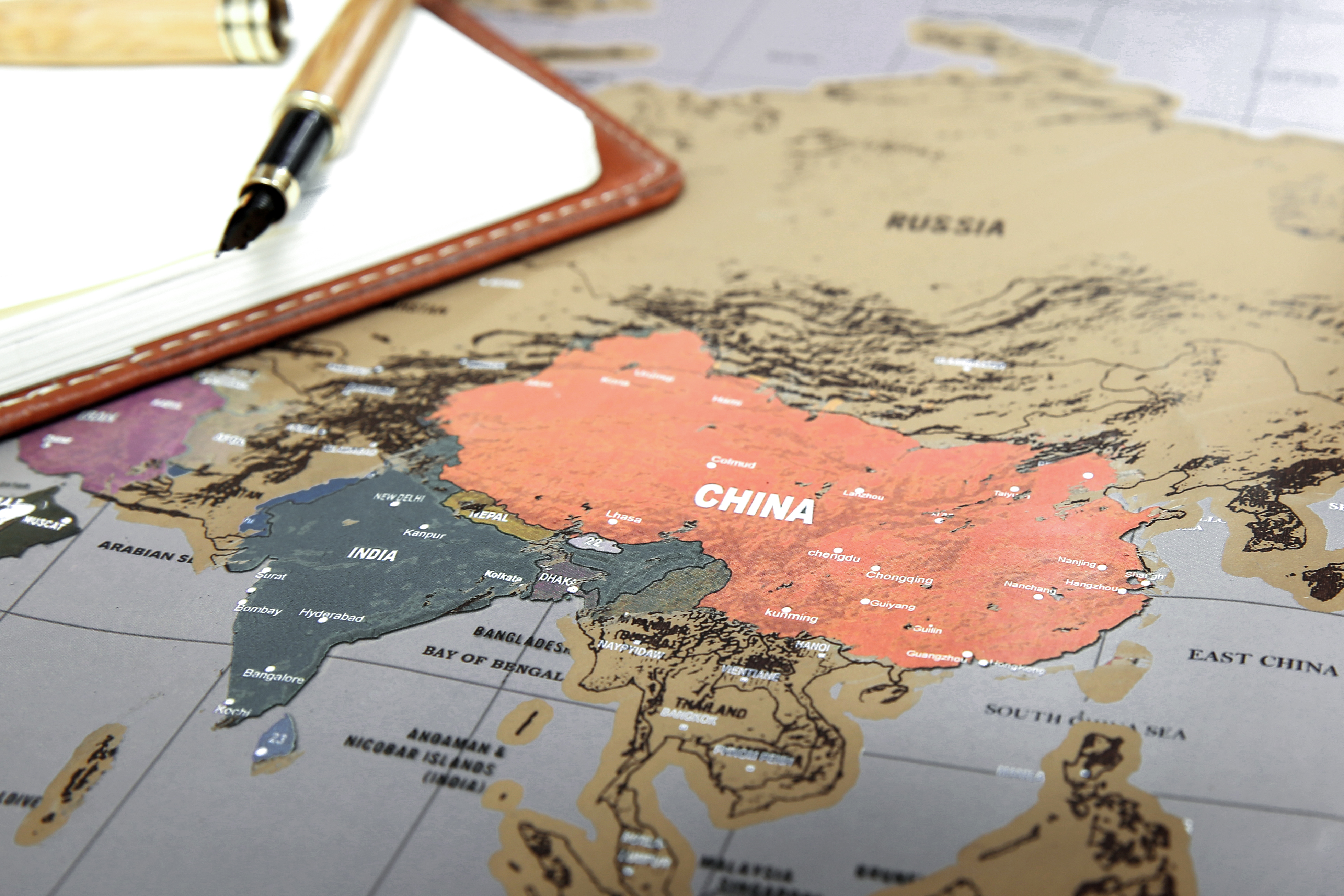 1pc travel edition scratch off world map poster personalized journal the deluxe edition is better wrapped better choice for gift giving map dimensions 582x833cm materialpaper colored aluminum laminate gumiabroncs Images